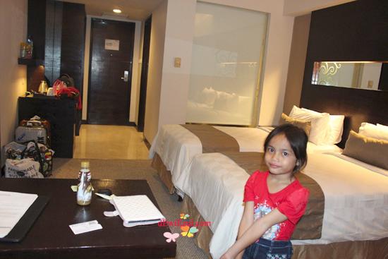 interior Pengalaman menginap di Hotel aston makassar,