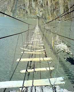 Pontes mais perigosas e assustadoras do mundo