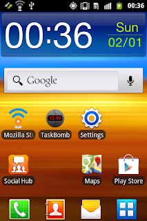 Android homescreen showing Mozstumbler and Taskbomb icons