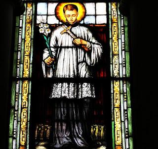 São Luiz em Vitral da Igreja Nossa Senhora das Dores, Santa Maria (RS)