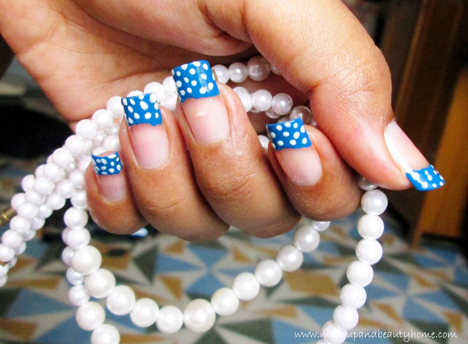 Polka dots french tip nail art tutorial do it yourself makeup polka dots french tip nail art tutorial do it yourself solutioingenieria Image collections