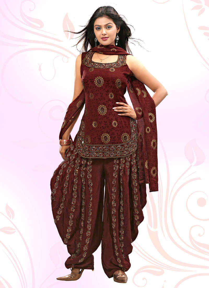 Brings Some Pretty Cool Salwar Kameez Designs Images For Girls