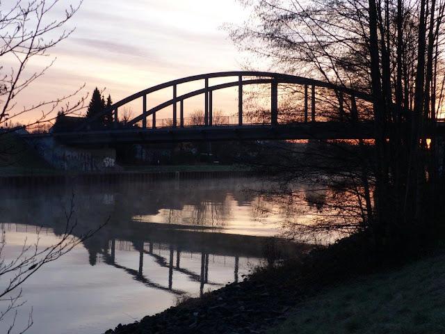 Jahresrückblick 2015 Nachdenkliches Brücke Kanal Ruhrpott Winter Ahsen Wesel-Datteln-Kanal