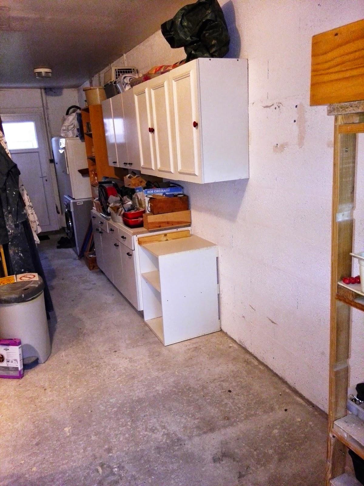 carine et sam rafistolent leur cabane garage phase 2. Black Bedroom Furniture Sets. Home Design Ideas