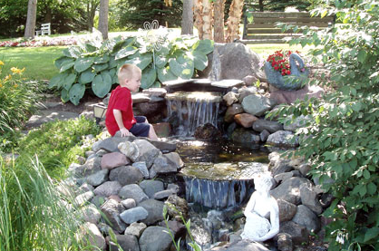Planter water feature goodwill find sweetwater style for Building a fountain pond