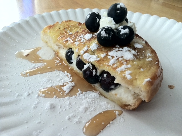 French Toast Stuffed With Blueberries And Cream Cheese ...