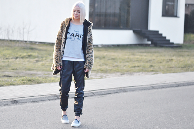 Wearing: Leopard, fur, coat, zara, paris sweatshirt, mango, vero moda, leather joggers, zara slip ons, celine knock off, sneakers