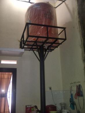 Tiang Satu Pipa Toren Air