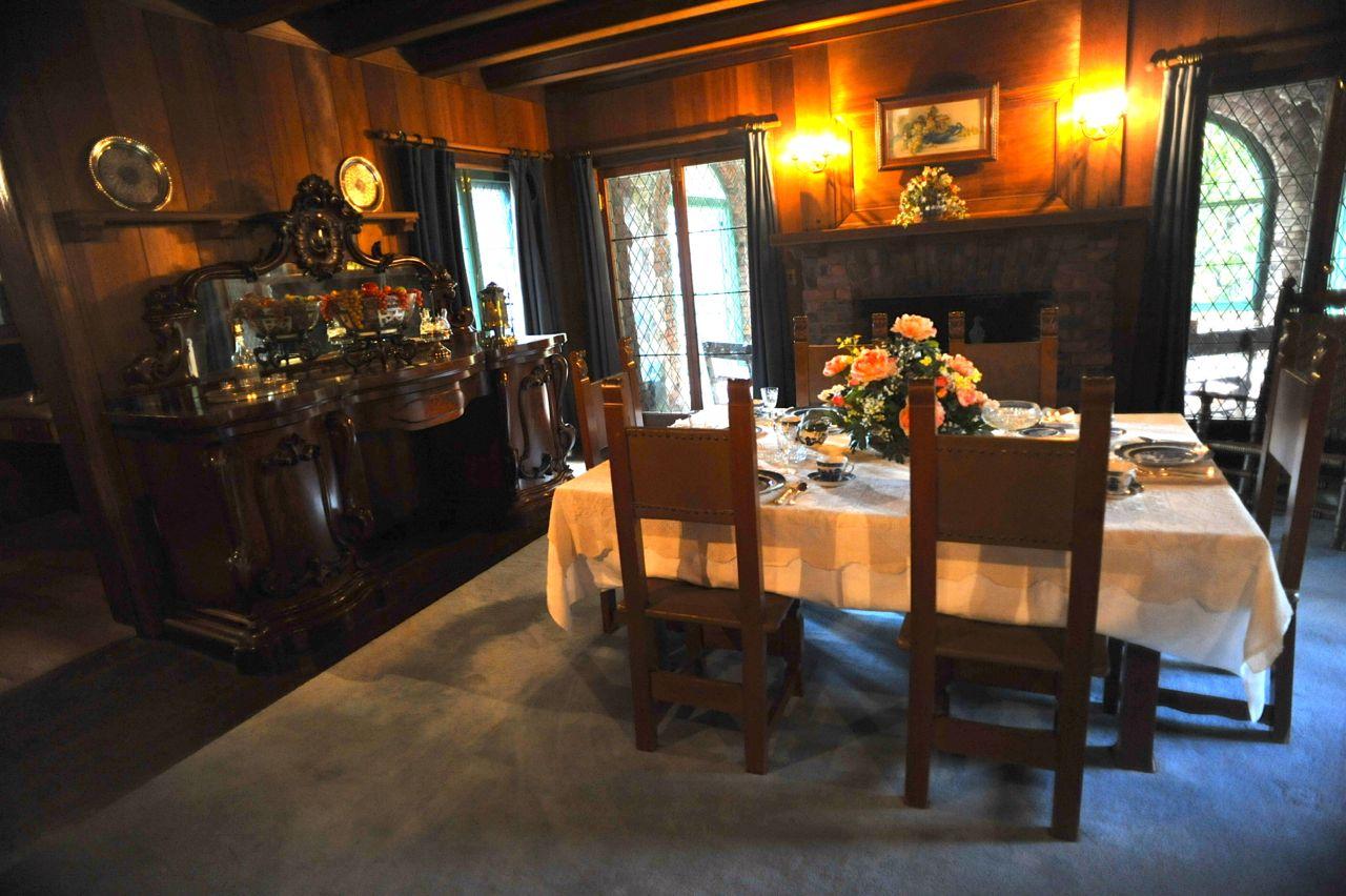 The Dining Room Inside Bourne Cottage