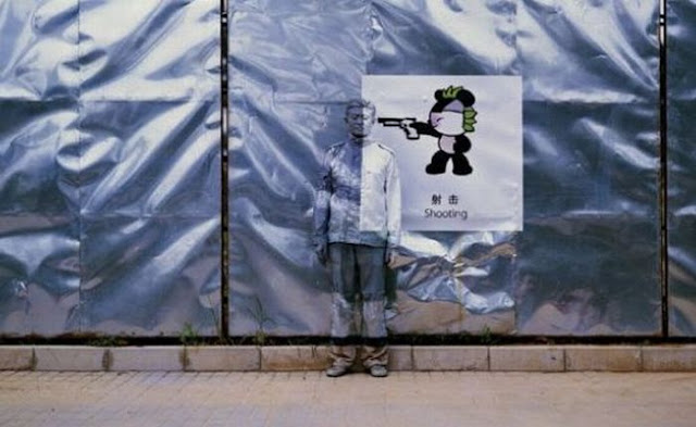 Liu Bolin The Invisible Man | Amazing Camouflage Art