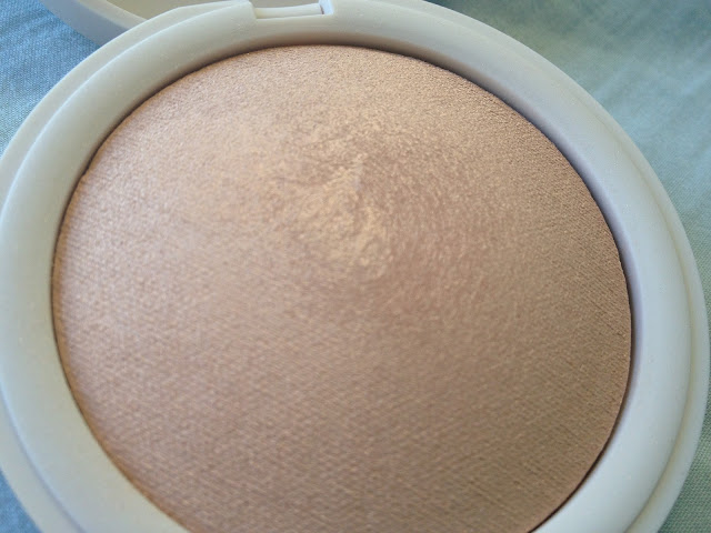 Topshop Crescent Moon Highlighter