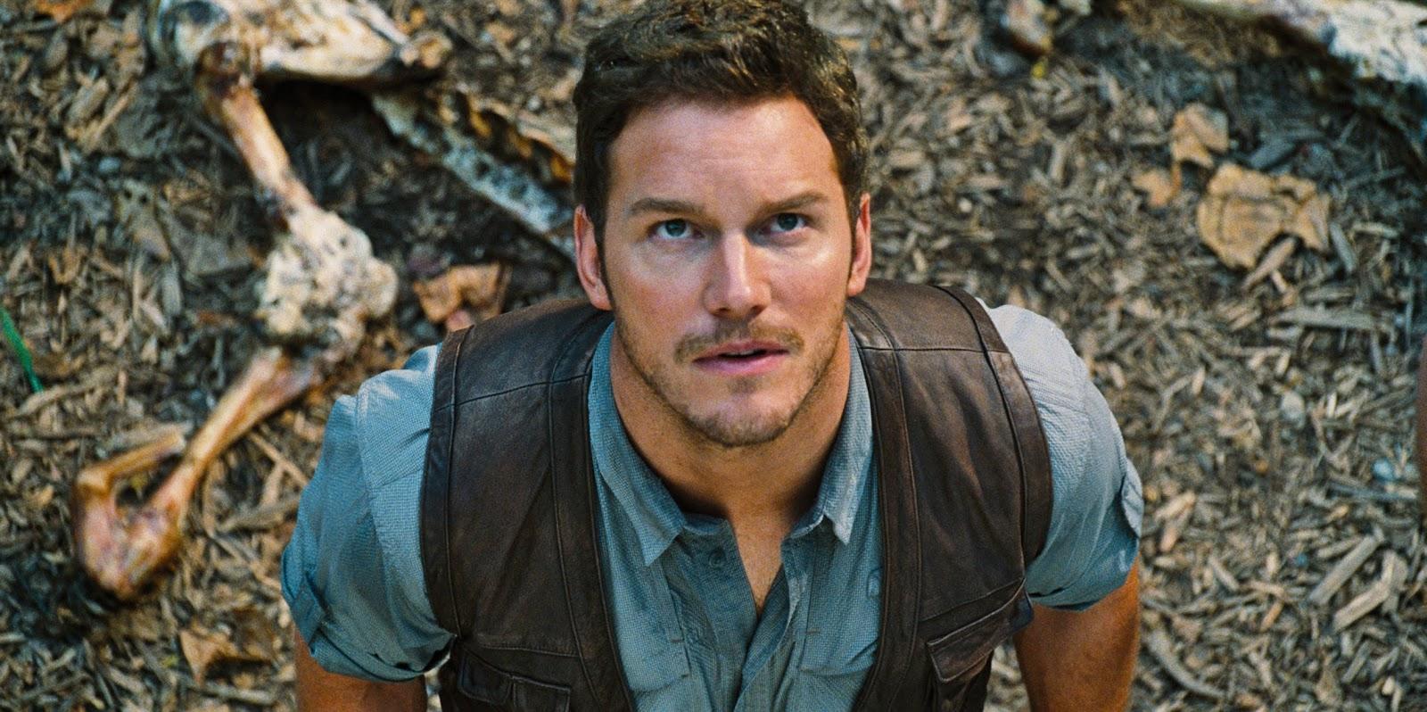 Chris Pratt é perseguido pelo D-Rex no clipe inédito de Jurassic World: O Mundo Jurassico