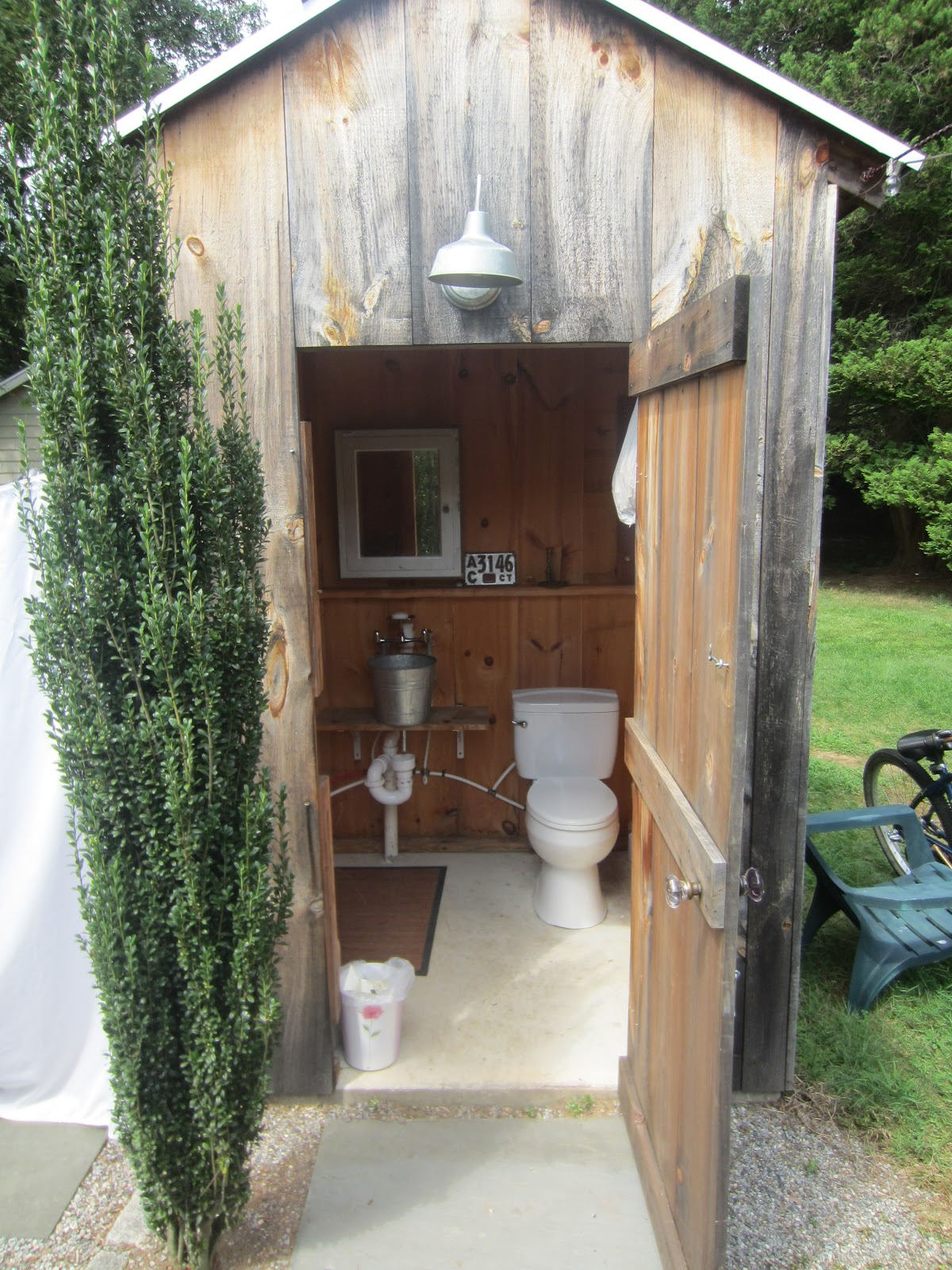Relaxshackscom THE BEECH TREE COTTAGES A Tiny Housecottage - Outhouse bathroom