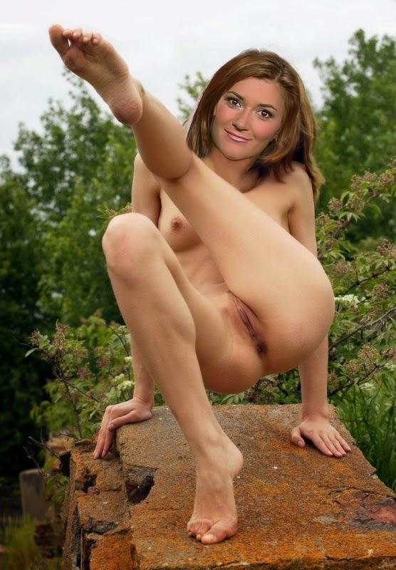 Nackt Bilder : Sandra Thier Nude Austrian Journalist   nackter arsch.com