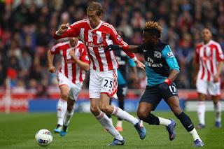 أهداف مباراة الارسنال وستوك سيتي 1-1 في الدوري الانجليزي 28-4-2012