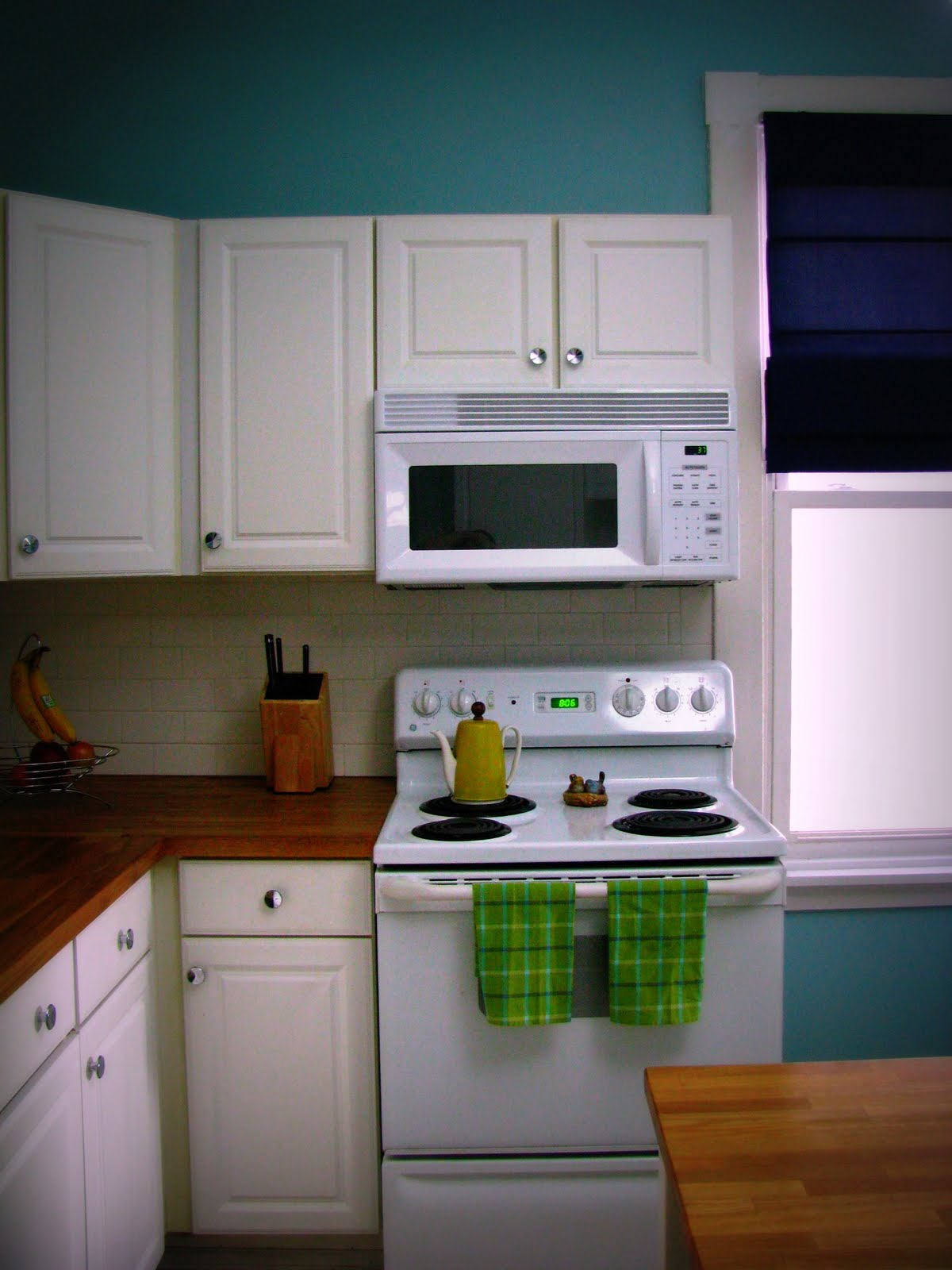 Remodelaholic kitchen remodel on the cheap for Kitchen renovation ideas cheap