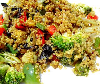 detalle salteado de mijo y verduras