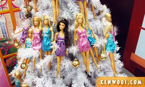 christmas barbie tree deco