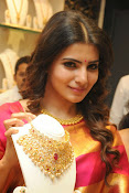 Samantha glamorous photos in saree-thumbnail-1