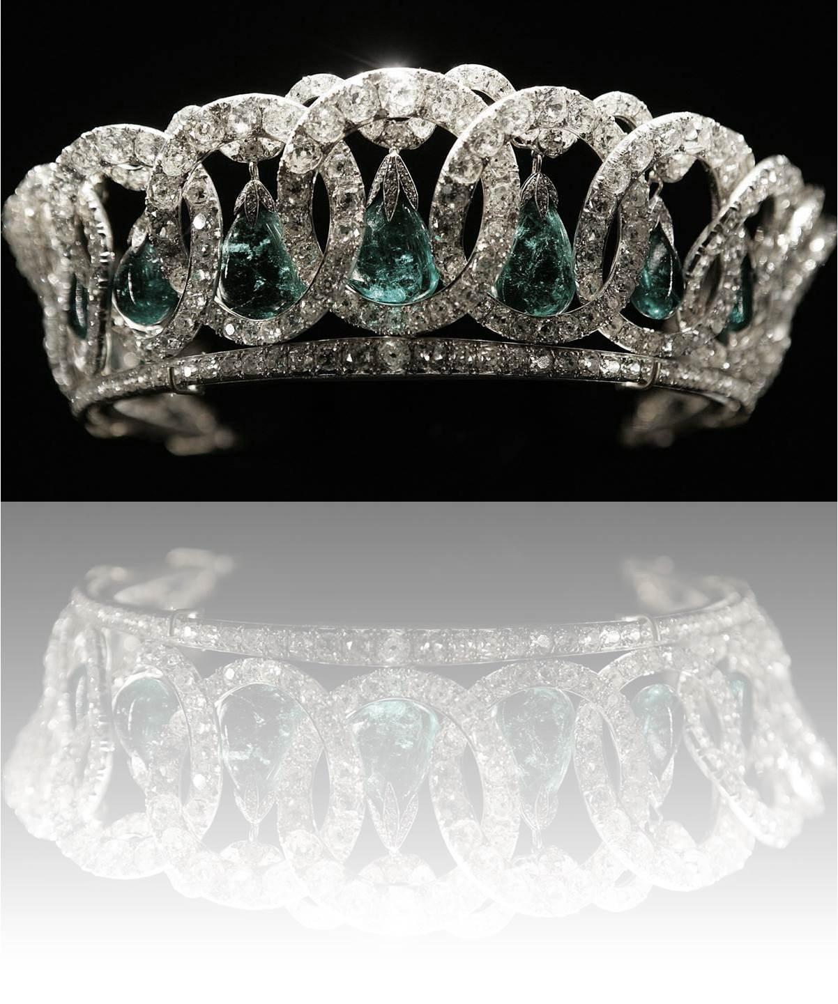 Donne e corone page 3 for Tiara di diamanti