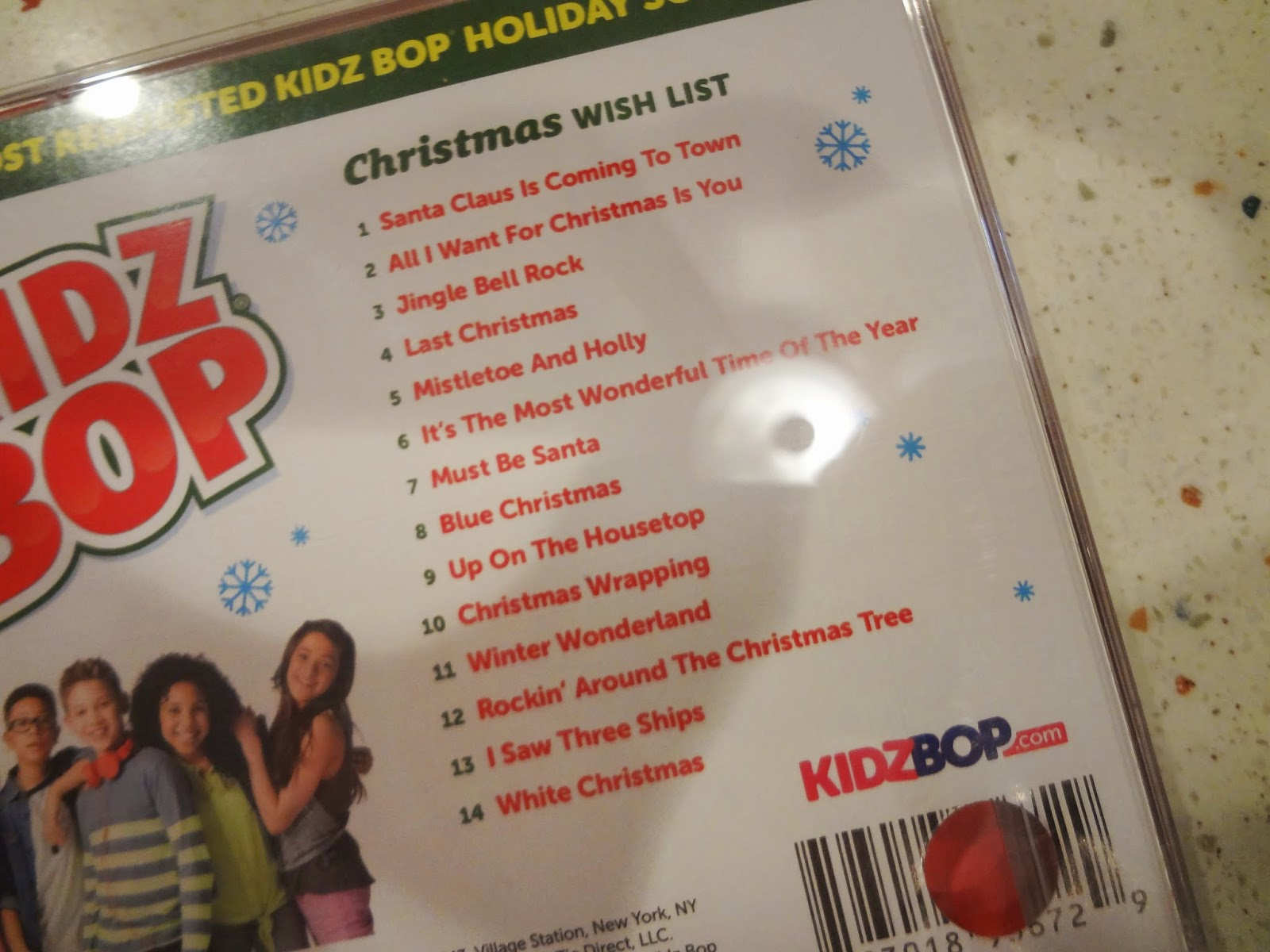 Holiday Gift Guide 2014: Rockin\' Out with KIDZ BOP {Review and ...