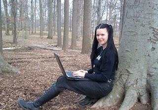Hacker Tercantik dan Tersexy di Dunia