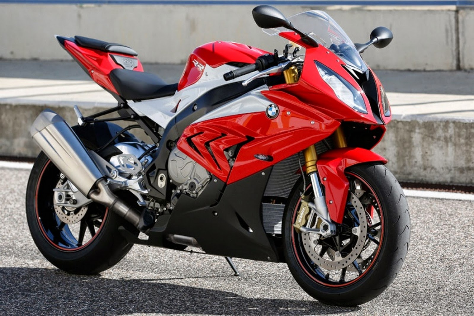 new motorcycle  2015 bmw s1000rr colors  rumors changes  and release date