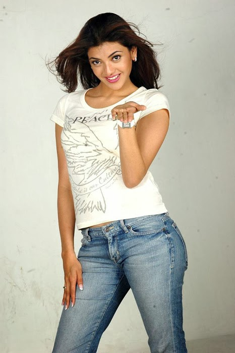 Kajal+Agarwal+Hot+And+Cute+In+Tight+T shirt+%2526+Jeans+Photos001
