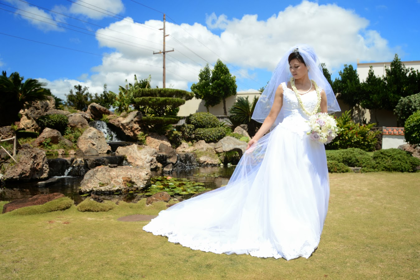 wedding vendors okinawa dresses