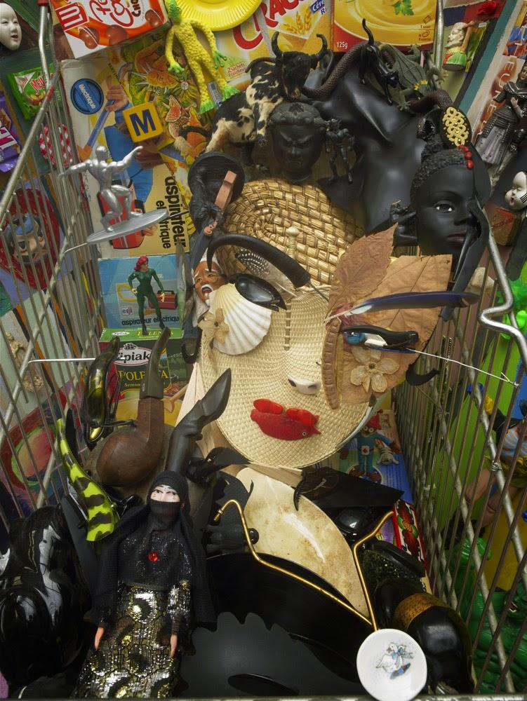 16-Bernard-Pras-Art-in-Sculpture-Point-of-View-www-designstack-co