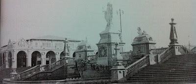 Plaza de los Consquistadores