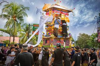 Cremation ceremonies Ngaben Bali