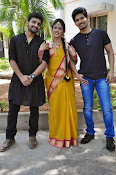 kundanapu bomma star cast photos-thumbnail-3