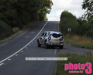 Photos of New Range Rover 2012 spy shots
