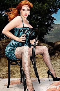 Christina Hendricks Busty Photoshoot