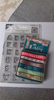 Creaties Suzan op FB- Kerstkaart met een kruissteek borduurtje
