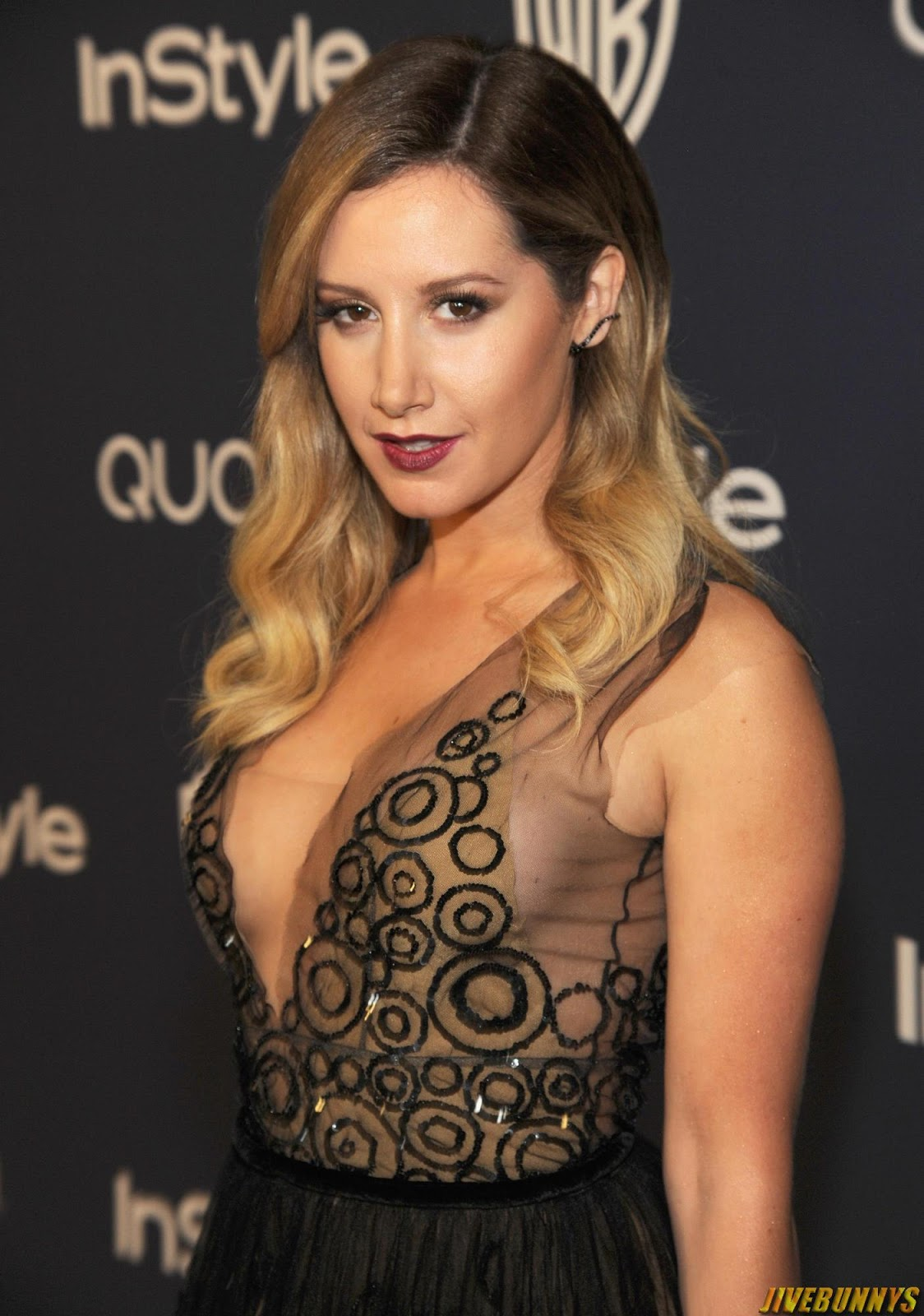 ASHLEY TISDALE RED CARPET SIDE BOOB
