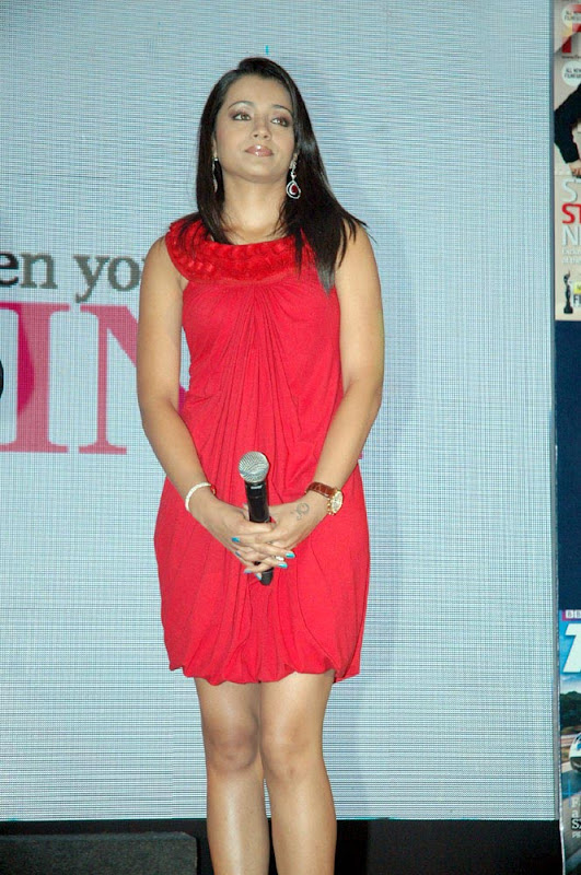Trisha Latest Hot Photos in Red Dress wallpapers
