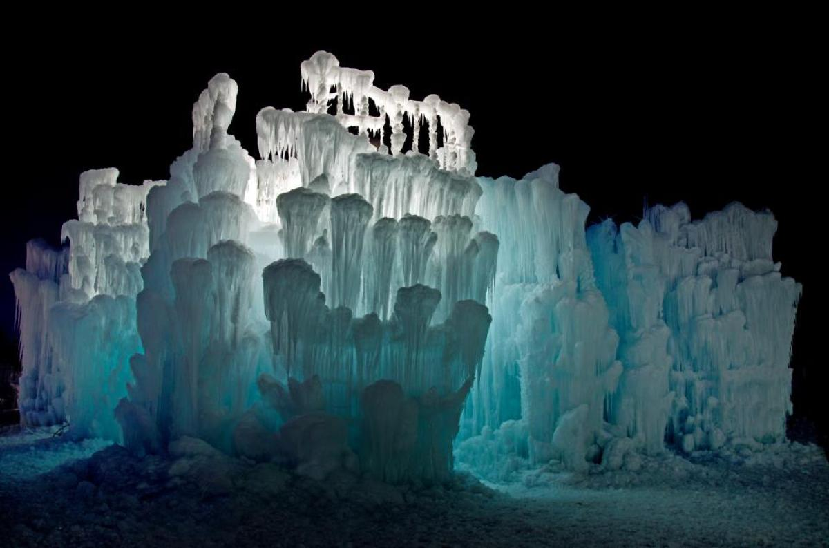 Ice Castle at Silverthorne, Colorado 7