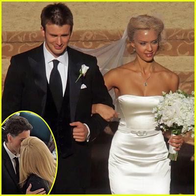 Jessica alba wedding dress wedding pictures for Valerie bertinelli wedding dress