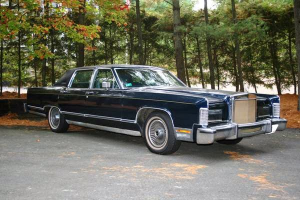 Question 6890 further 2015 Gla Class together with 2013 Corvette 427 convertible furthermore 1979 Lincoln Continental Collectors also 2013 Hurst Edition Trans Am. on 1978 lincoln town car price