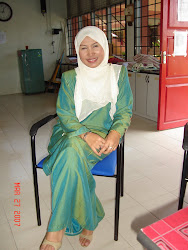 Guru Kelas 5 Cempaka 2011