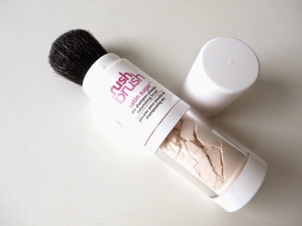 Cake Rush Brush Dry Shampoo Powder Brush