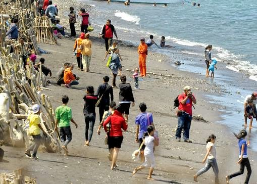 Aktivitas Wisata Pantai Watu Dodol