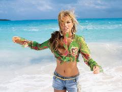 Beach Girl 06