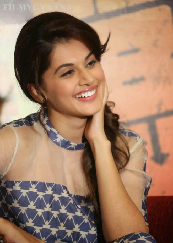 taapsee pannu spicy photos