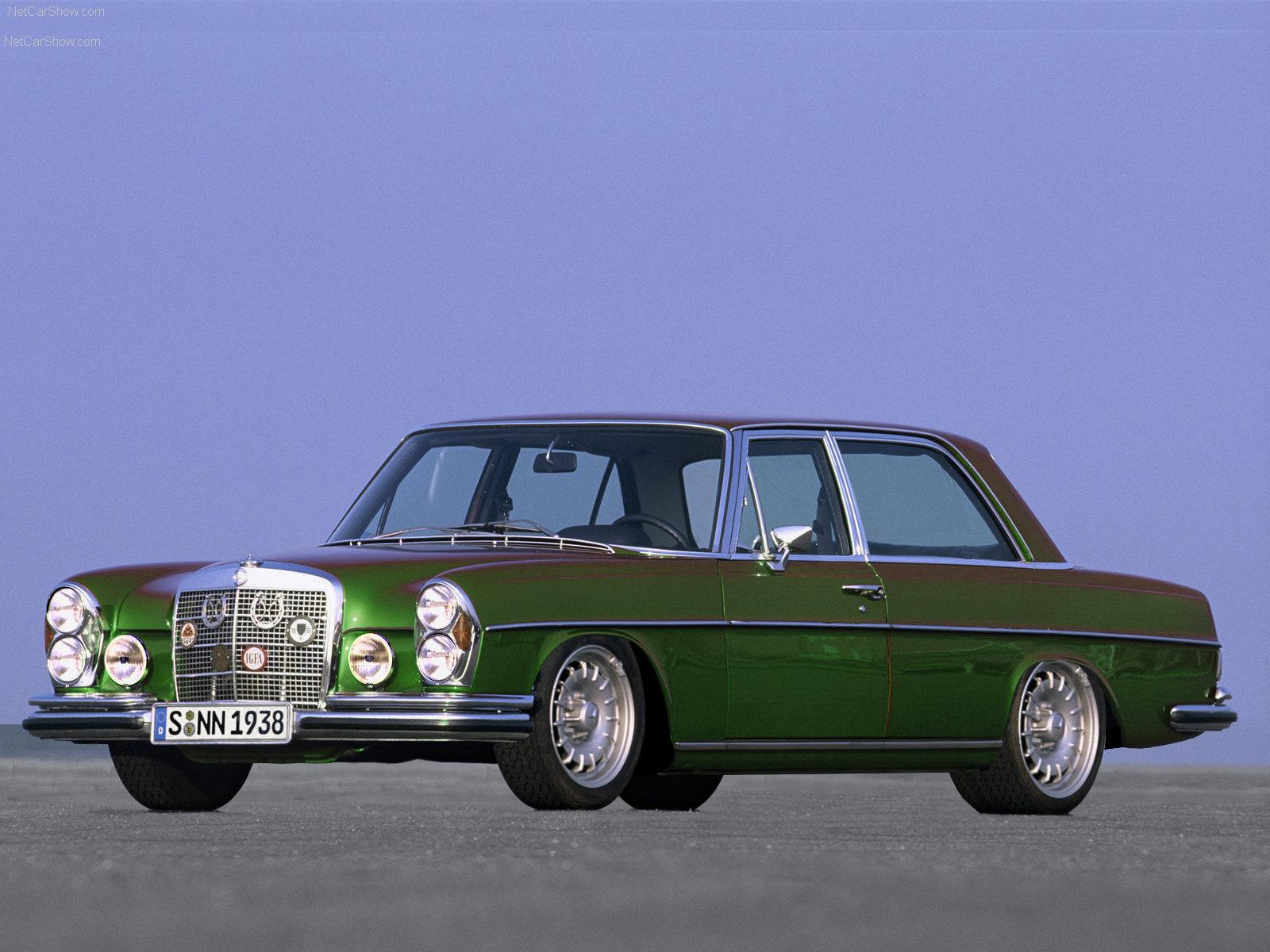 http://2.bp.blogspot.com/-OYtpgj_J2C0/TdKQD-69NRI/AAAAAAAAAuk/rhnmU8Uh-v0/s1600/Mercedes-Benz-300_SEL_6_3_AMG_1971_1600x1200_wallpaper_011.jpg