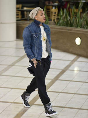 Chris Brown LAX Airport
