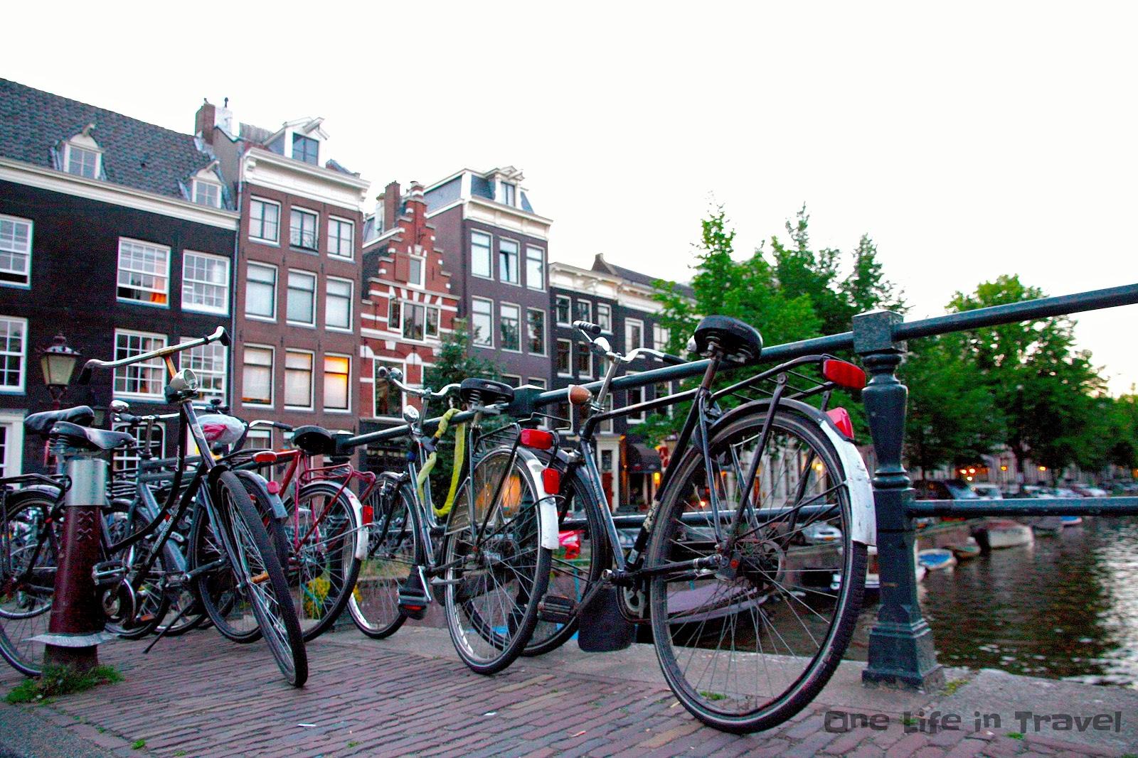 One life in travel amsterdam in bicicletta - Agenzie immobiliari amsterdam ...