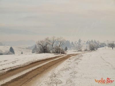 Drum cu zapada in Satul Filpea